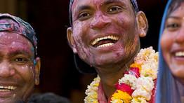 חגיגות Holi בהודו