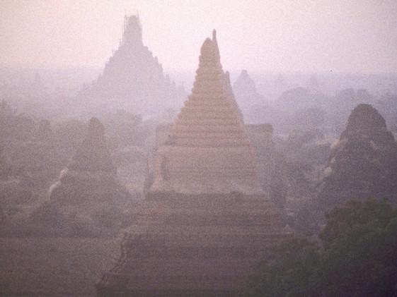 בורמה - מנזרים