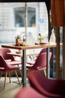 Gedeckter Tisch im Restaurant Zur Werkstatt Luzern