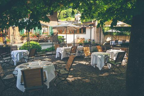 Gartensitzplatz Gasthof Krone Blatten