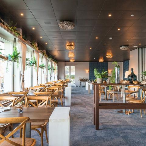 Innenansicht Seerestaurant Kastanienbaum