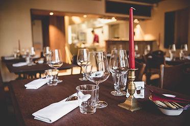 Gedeckter Tisch Storchen Weinbar