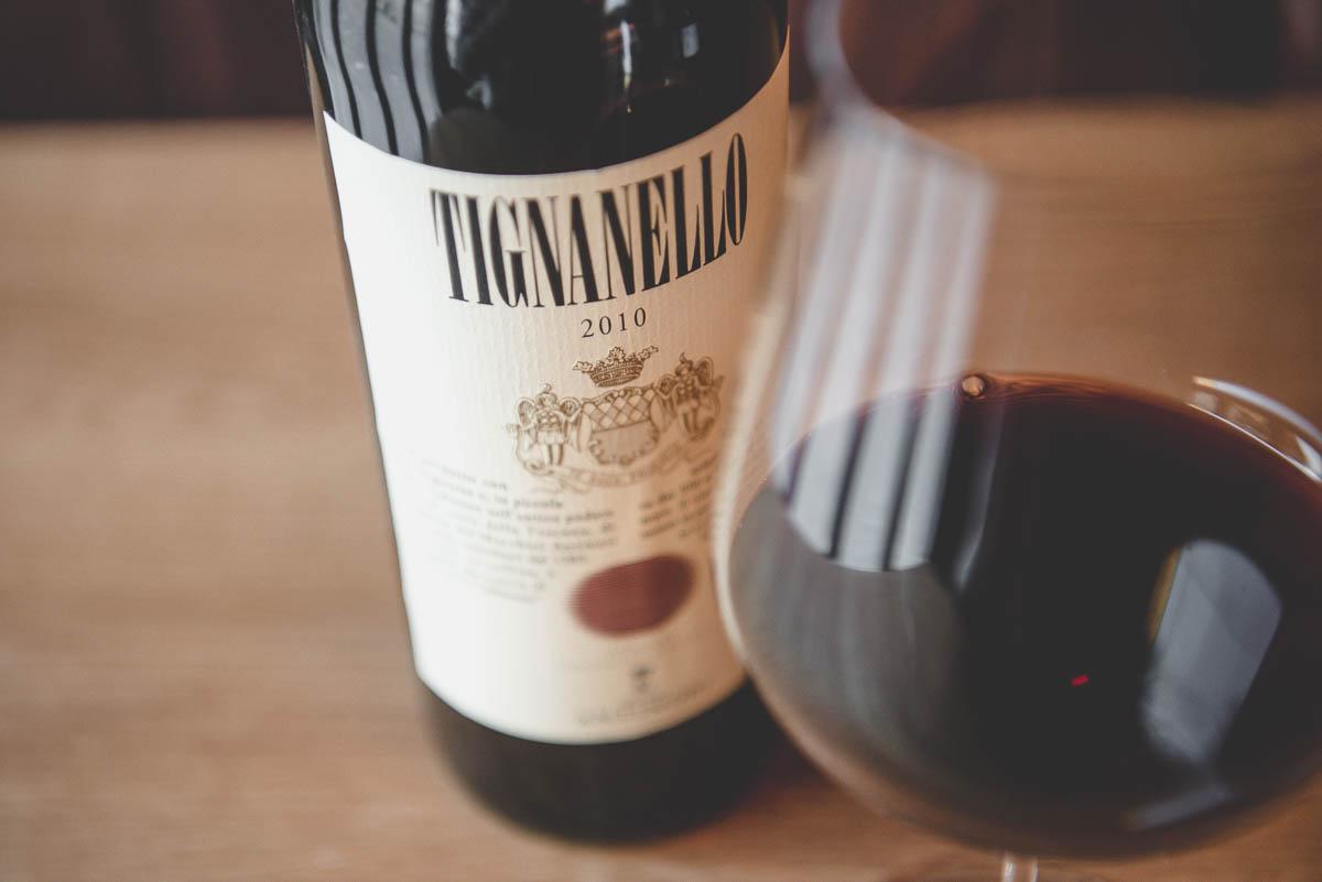 Eine Flasche Tignanello 2010 Wein