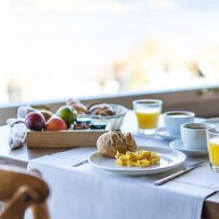 Frühstück im Seehotel Kastanienbaum