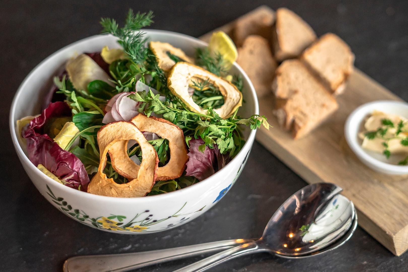 Salat zum Teilen im Restaurant Rössli Hü in Root