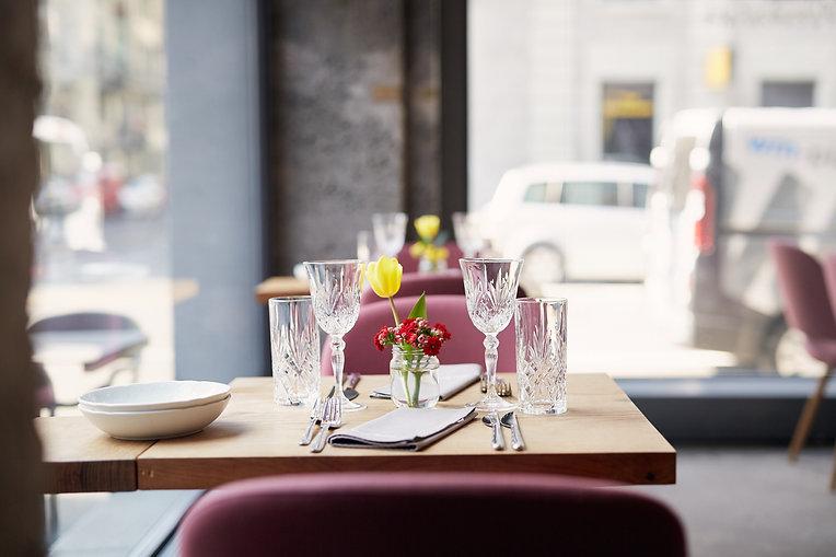 Innenansicht Restaurant Zur Werkstatt Luzern