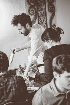 Team der Storchen Weinbar bei der Arbeit