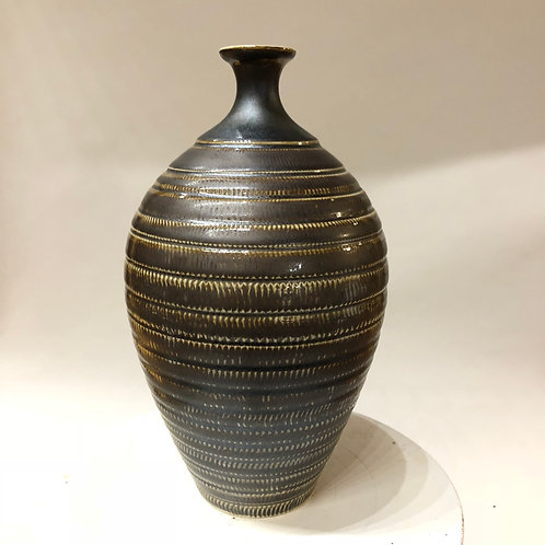 "Porcelain Bottle 10"" x 6"""