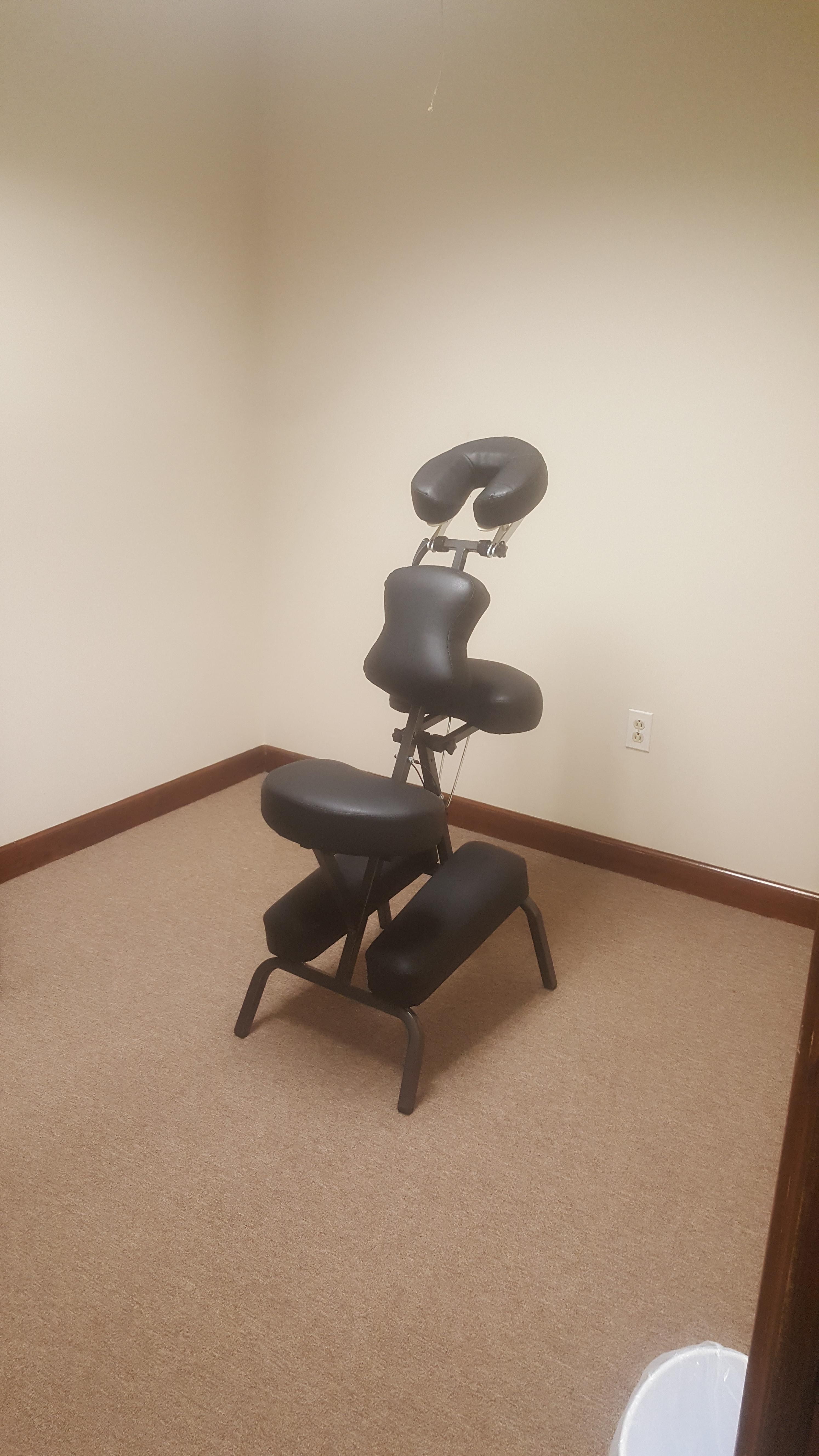 Chair Massage (20 Mins)