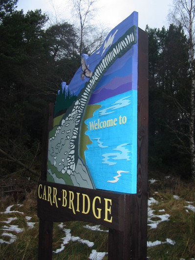 Carr-Bridge Welcome signs