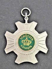Orden-Schutzenkonigin-PB37030.JPG