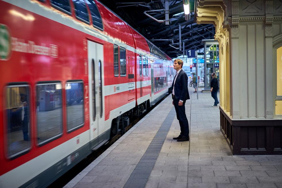 S-Bahn Dresden. Auftrag für Ketchum Pleon Dresden.