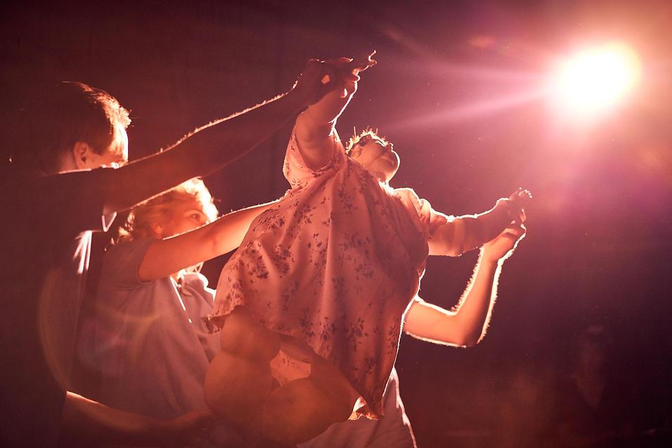 EIn Tänzchen mit Martha. Regie: Valentin Reichert.