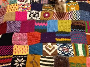 ネパールの手編みニットモチーフ