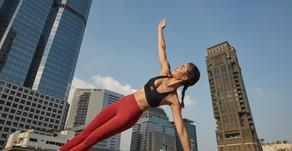 Från Okänd i Sverige Till Berömd Modell Och Influencer i Thailand - Här är Helena Buschs Resa