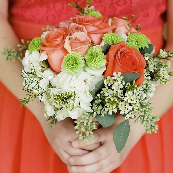 red_bridal_bouquet
