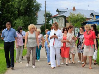 У камешковских старост перенимали опыт.