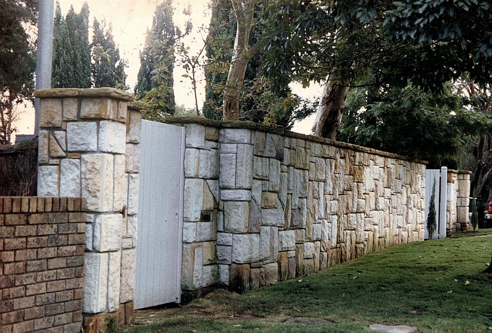 Sandstone Retaining Wall