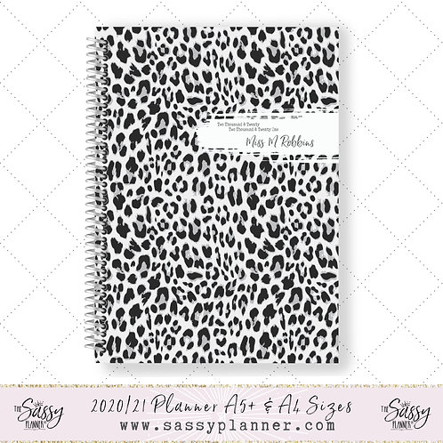 2020/2021 Academic Planner (White Tiger Cover)