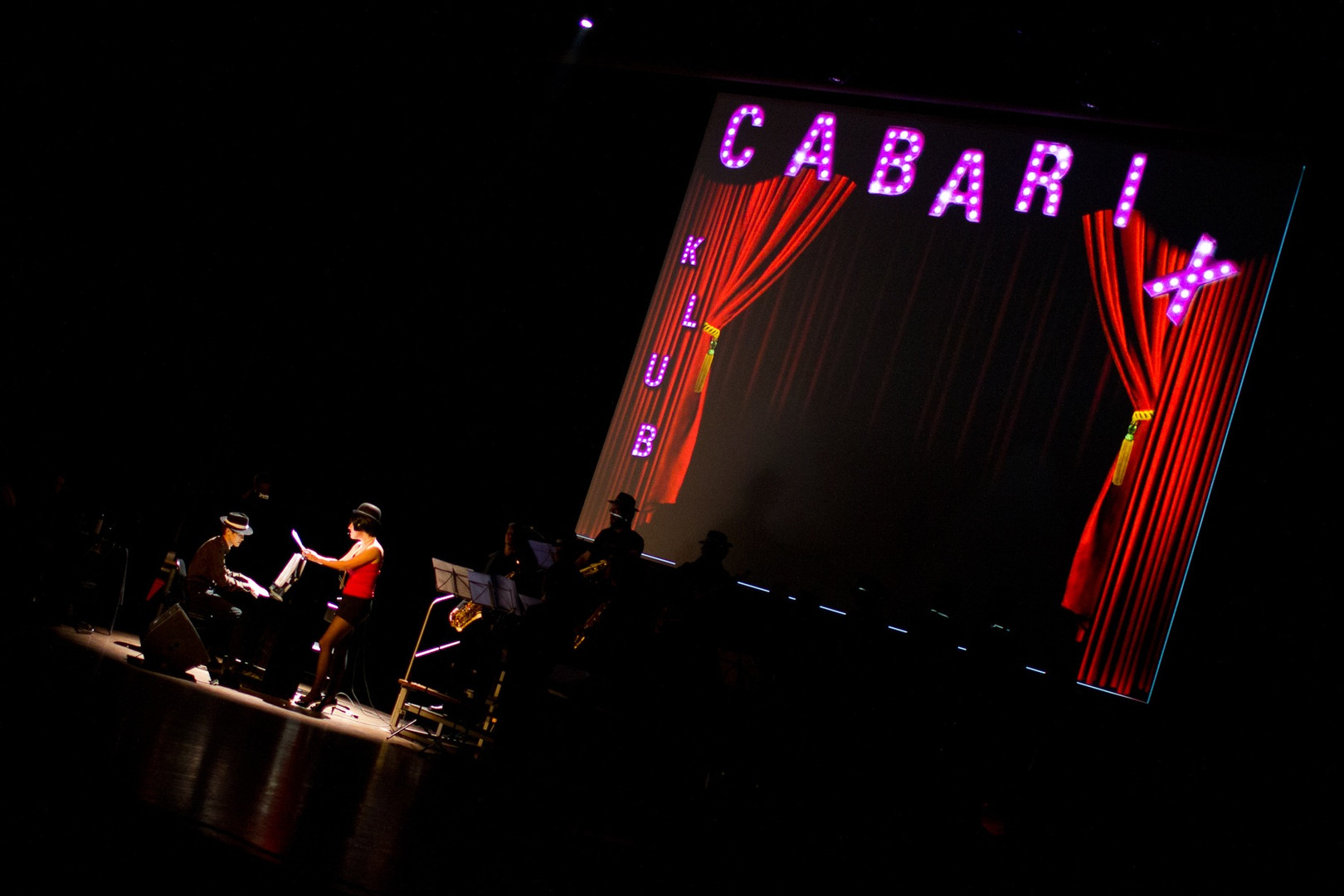 Spectacle CabariX
