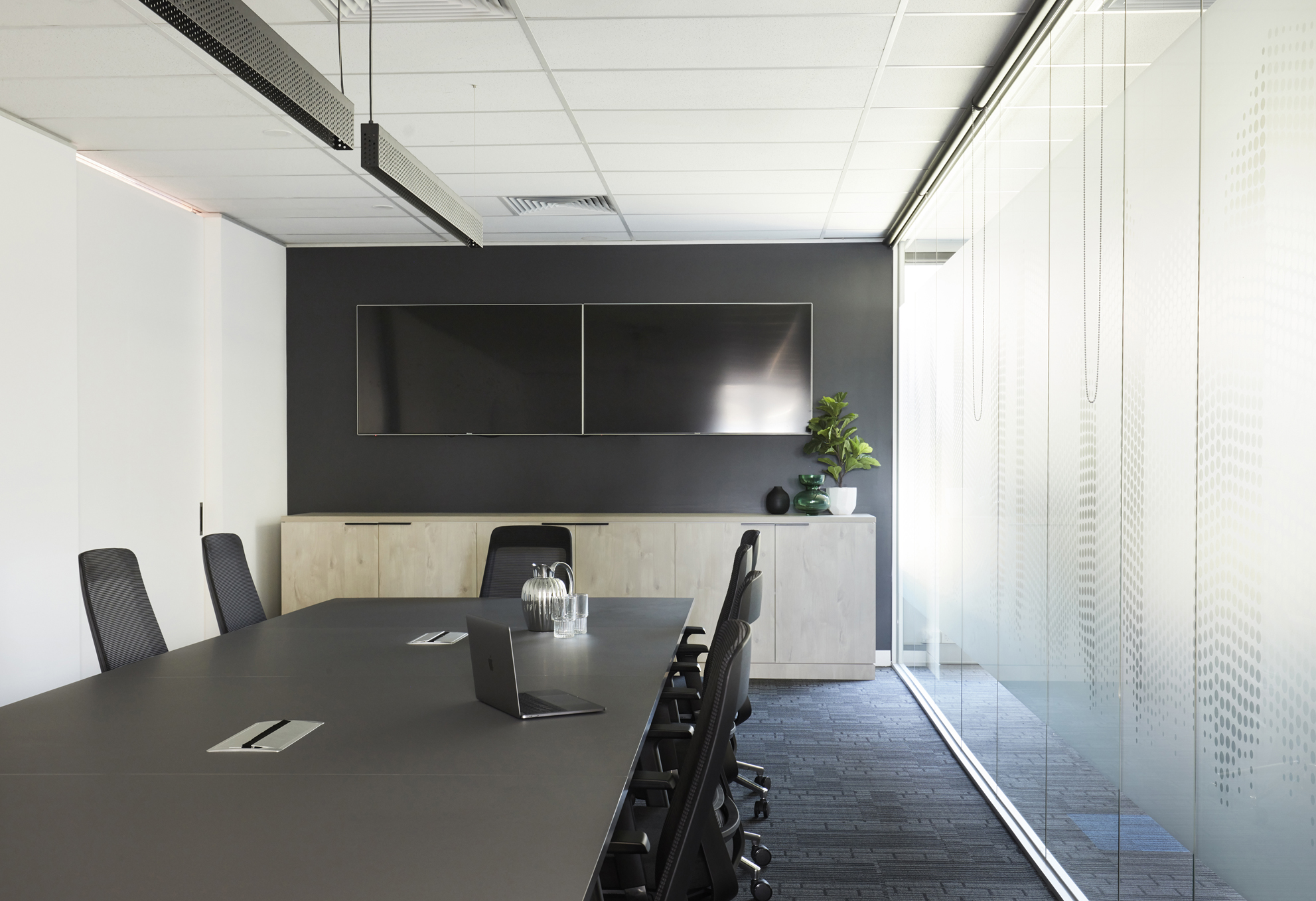 Opticomm Office (17)