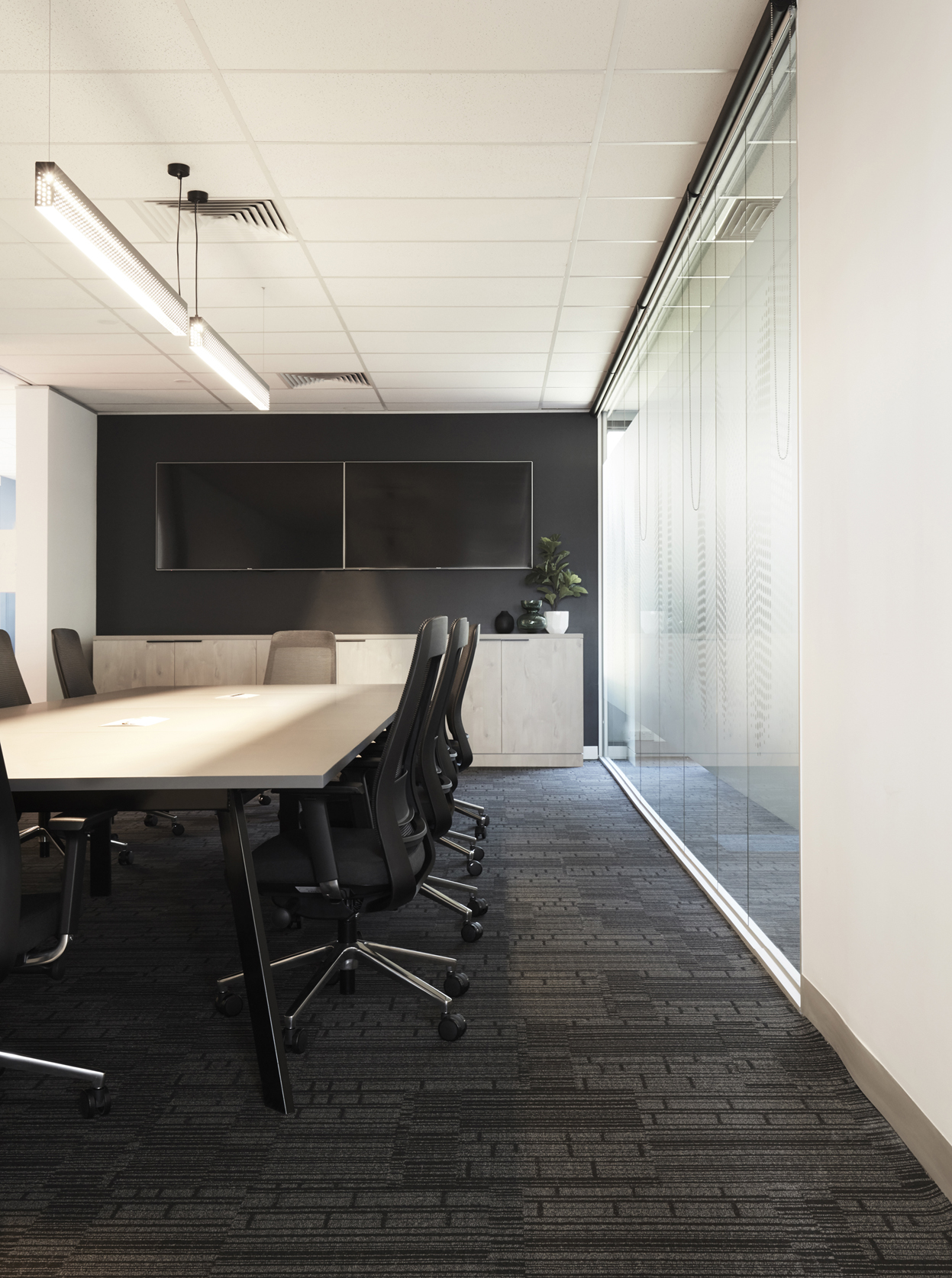 Opticomm Office (16)