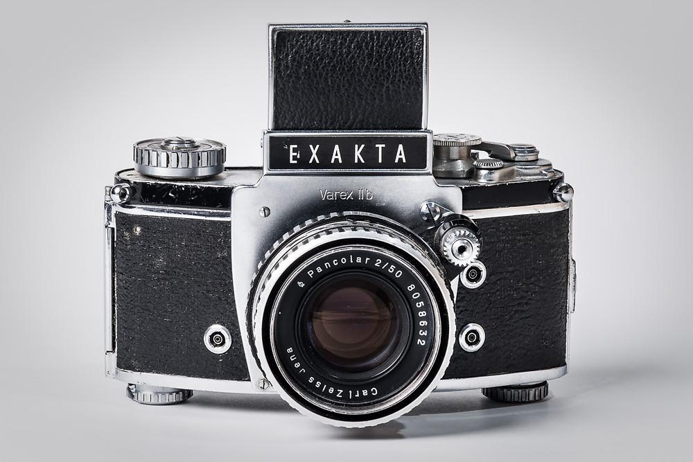 Baujahr 1969 - die Exakta Varex ist die erste Kleinbildspiegelreflex mit einem Wechselsuchersystem.