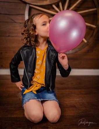 Kid And Baloon