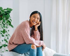 Lachend Aziatische Vrouw