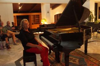 Pianist Oksana Ivashchenko