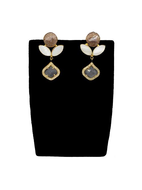 Avya earrings
