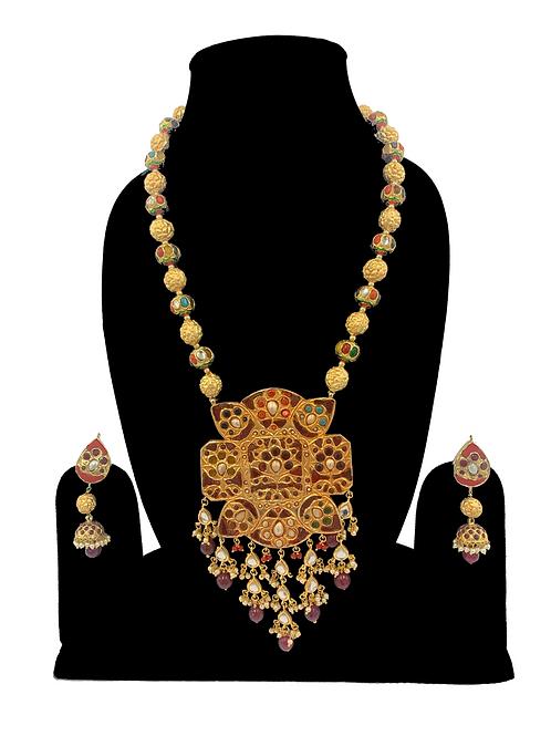 Aarika necklace set