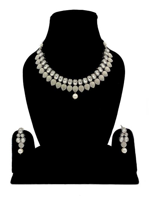 Adina necklace set
