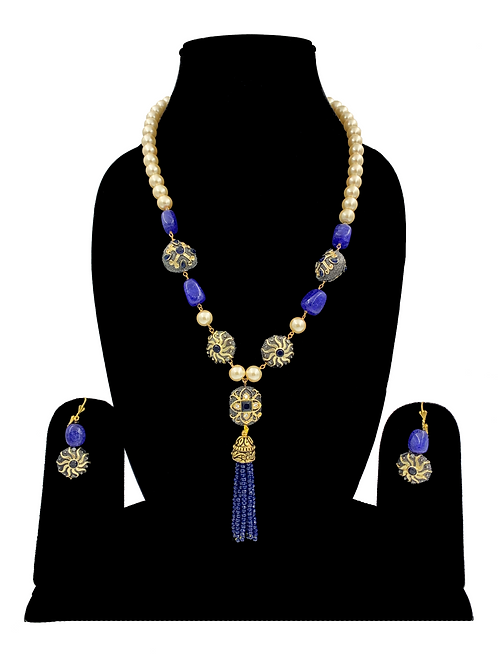 Saanvi necklace set