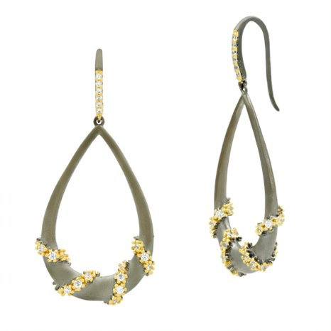 Midnight I Pave Roped Teardrop Earring