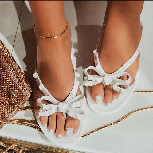 Tone on tone Sandals