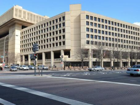 Los Senadores de Maryland y Virginia insisten a Biden en reanudar la búsqueda para la sede del FBI