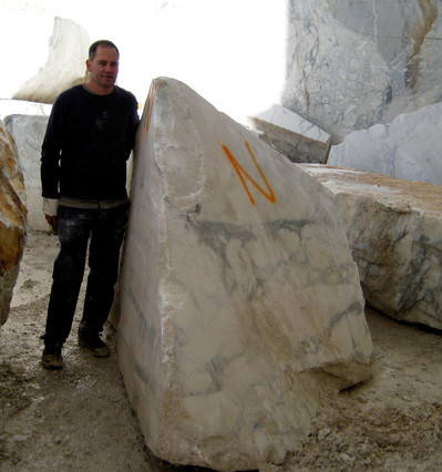 Buying stone at Cervaiole Quarry.jpg