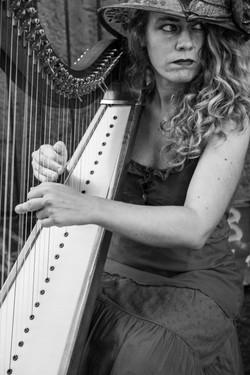 Harp player, Naples