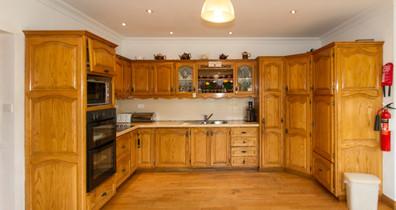 rise&shine_0005_kitchen.jpg