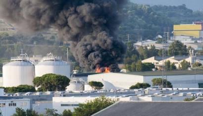 Vụ nổ tại nhà máy hóa chất Texas khiến một người tử vong