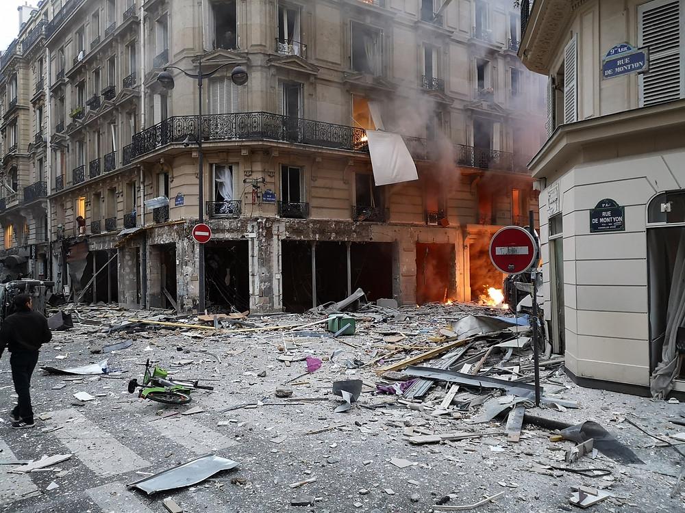 Vụ nổ nghi do rò rỉ khí gas tại trung tâm thành phố Paris vào ngày 12 tháng 1