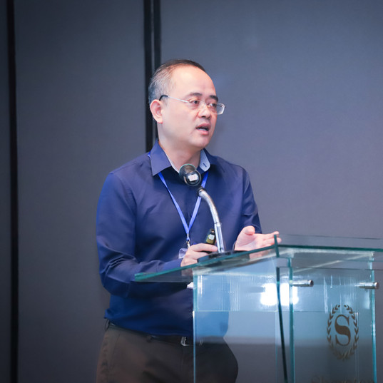 Mr. Nguyen Van Khoi - Acting Director of representative from the Department of Standards of Vietnam