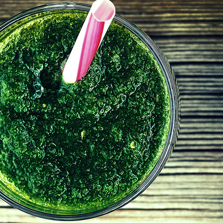Verde no copo: xô toxinas!