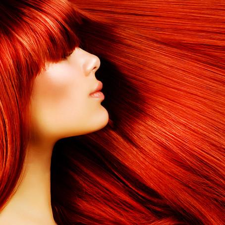 Colorir com frequência provoca queda de cabelos?