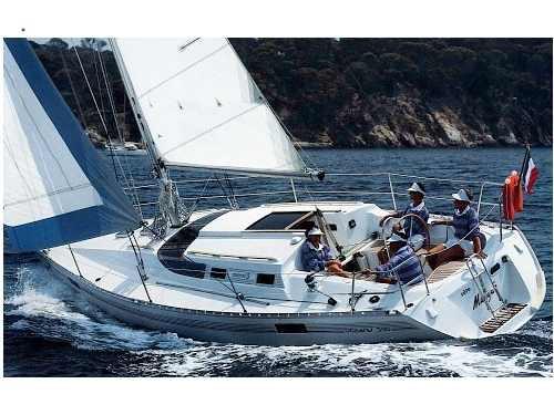 oceanis_350_Sister_sailing_gal.jpg