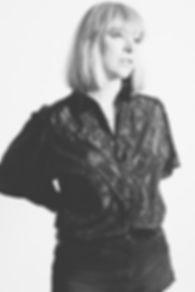linnea-I_bw_12-portrait-work.jpg