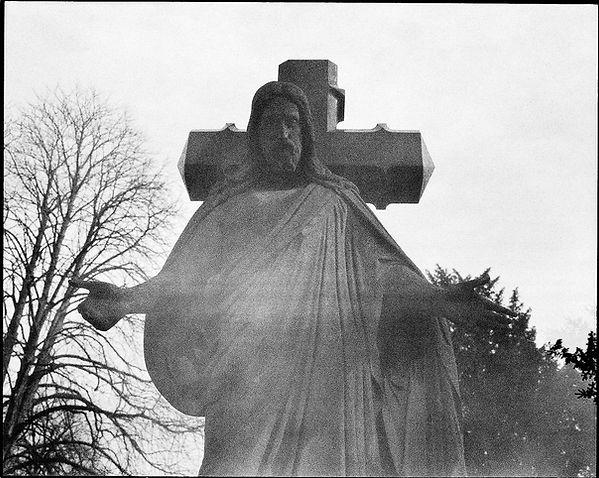 03-50-burial-berlin-ir-6-edit.jpg