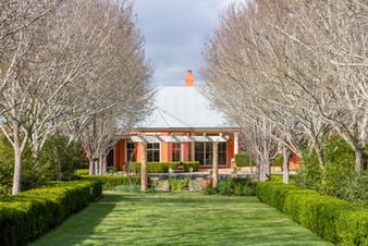Main_house_Garden hallpond.jpg