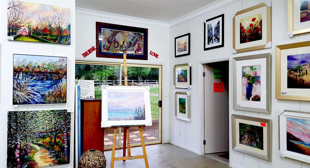 Grada's gallery 1.jpg